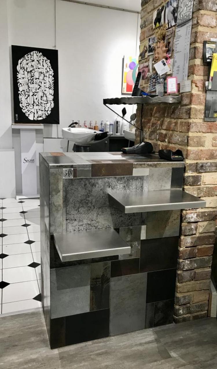 marc bedikian, bar, Troyes, edito coiffure, agencement, design, bois, métal, industriel
