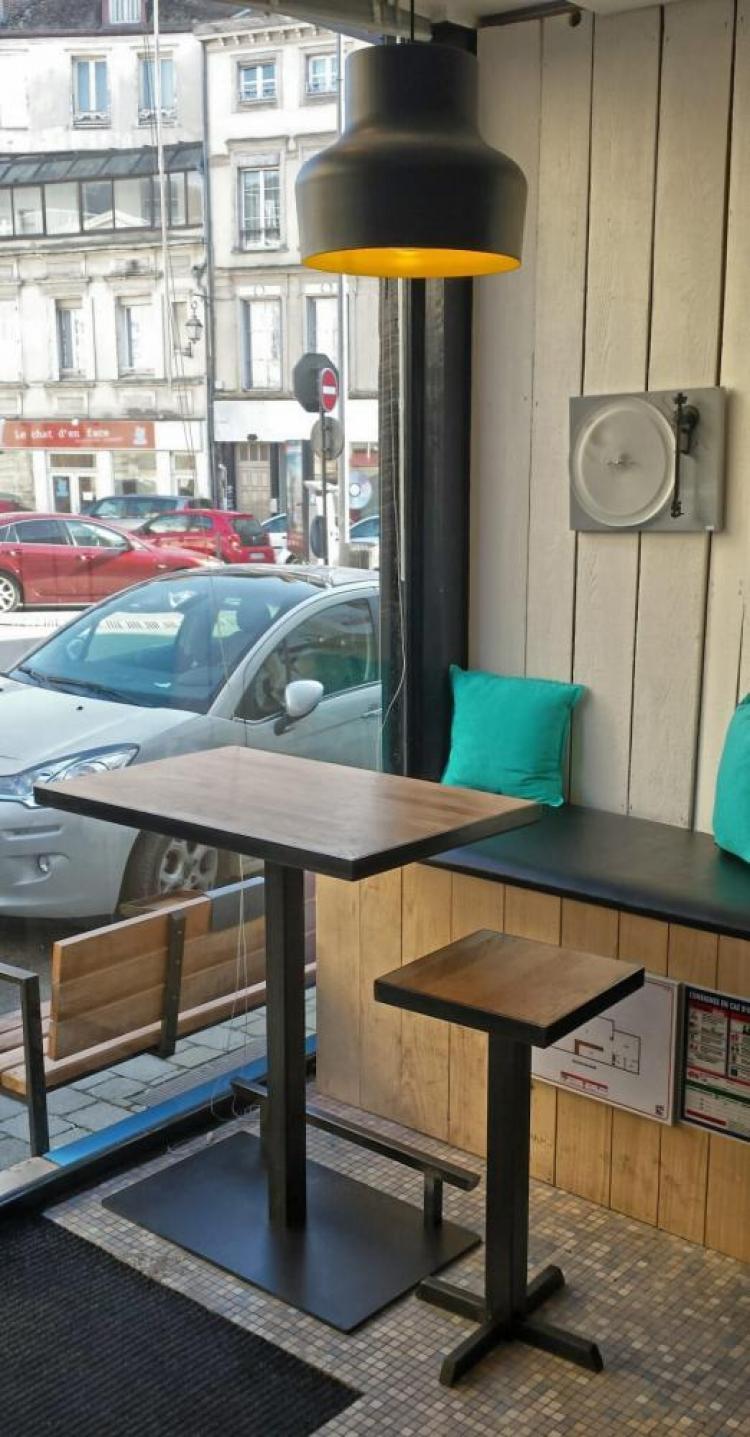 marc bedikian, bar, Troyes,  the message, agencement, design, bois, métal, industriel